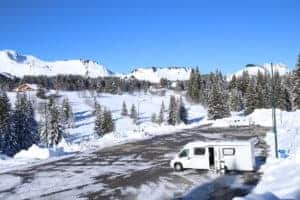 Choosing a motorhome for skiing AS SNOWCHASERS