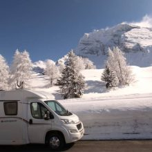 SNOWCHASER: MOTORHOME SKIING LESSONS (PART 4)