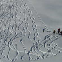 DISCOVER BACKCOUNTRY SKIING