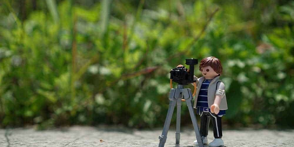 Beginners Guide to vlogging kit – what you need, and what you don't.